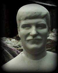 Portretinis biustas is marmuro