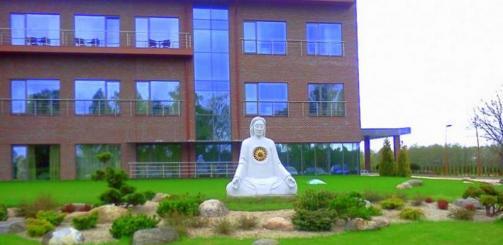 Skulptura pagaminta ir stovi numatytoje vietoje